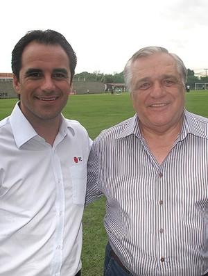 Rodrigo Caetano e Severino Otávio, vice de futebol do Sport (Foto: Rafael Cavalieri/Globoesporte.com)