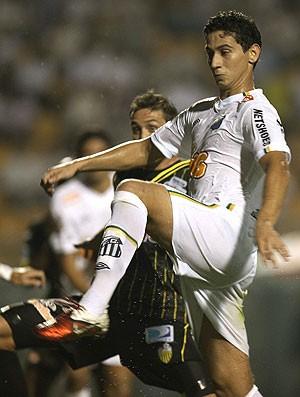 Ganso no jogo do Santos contra o Deportivo Tachira (Foto: EFE)
