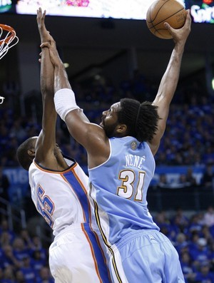Nenê, do Denver Nuggets (Foto: AP)