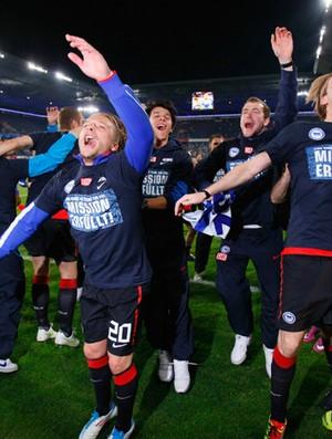 Jogadores do Hertha Berlin comemoram (Foto: Reuters)