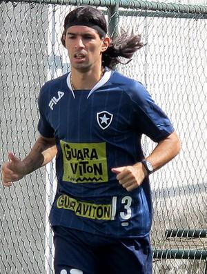 Loco Abreu no treino do Botafogo (Foto: Gustavo Rotstein / GLOBOESPORTE.COM)