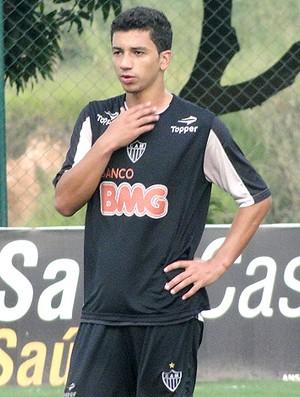 Renan Oliveira treino Atlético-MG (Foto: Marco Antônio Astoni / Globoesporte.com)