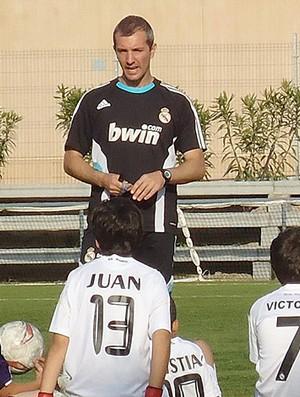 Crianças escolinha Real Madrid Rogério Bragança (Foto: Thiago Dias / Globoesporte.com)