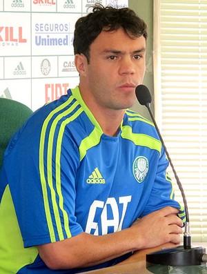 Kleber do Palmeiras durante entrevista (Foto: Diego Ribeiro / GLOBOESPORTE.COM)