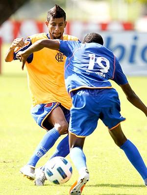 Léo Moura treino Flamengo (Foto: Ricardo Ramos / VIPCOMM)