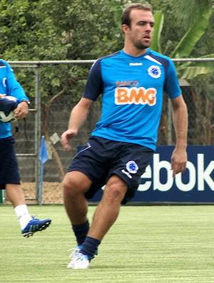 roger cruzeiro treino (Foto: Lucas Catta Prêta / Globoesporte.com)