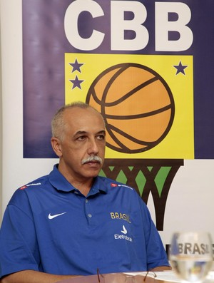 Ênio Vecchi técnico seleção basquete (Foto: Gaspar Nóbrega / CBB)