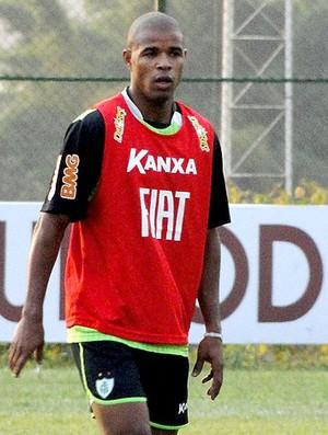 Dudu no treino do América-MG (Foto: Tarcisio Badaró / GLOBOESPORTE.COM)