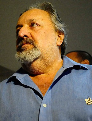 luis alvaro santos desembarque (Foto: Marcos Ribolli/Globoesporte.com)
