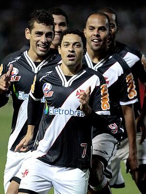 Destaque da final, Eder Luis afirma: 'A cada dia gosto mais do Vasco'