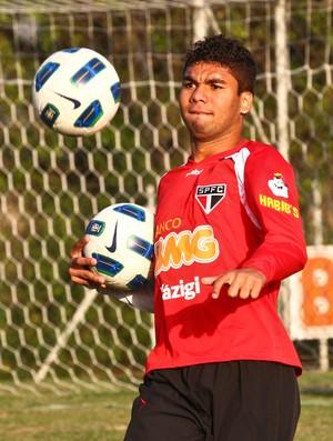 Casemiro no treino do São Paulo (Foto: Luiz Pires / VIPCOMM)