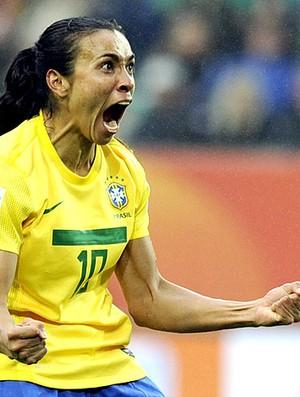 Marta comemora gol do Brasil contra a Noruega (Foto: AFP)