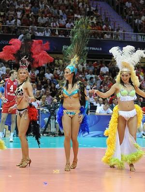 vôlei dançarinas brasil rússia liga mundial (Foto: divulgação / FIVB)