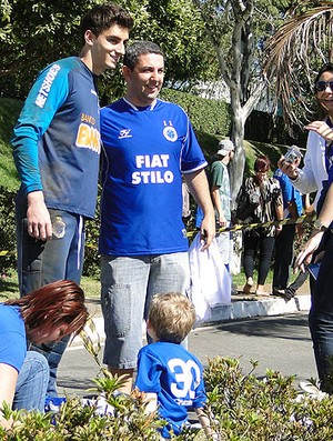 Rafael cruzeiro fãs (Foto: Luciana Machado / Globoesporte.com)
