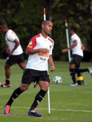 Ademilson treina no CT da Barra Funda com os profissionais (Foto: Site oficial do São Paulo FC)