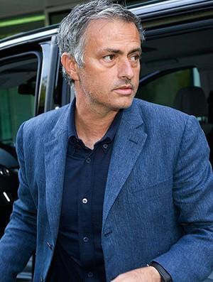 josé mourinho real madrid punição UEFA (Foto: Agência AP)