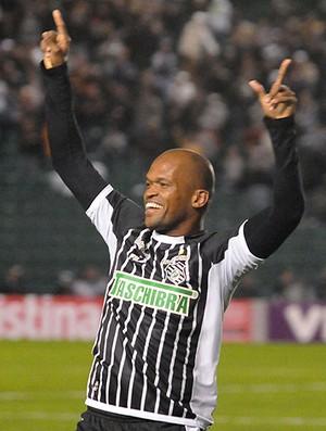 Edson Silva gol Figueirense (Foto: Ag. Estado)