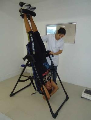 Érica Paes e Jackeline Figueiredo fisioterapia (Foto: Adriano Albuquerque/SporTV.com)