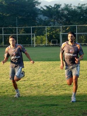 athirson duque de caxias treino (Foto: Ivan Raupp / Globoesporte.com)