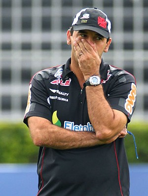 Ricardo Gomes no treino do Vasco (Foto: Ivo Gonzales / Ag. O Globo)