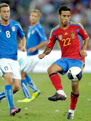 Thiago Alcantara no amistoso da Espanha contra a Itália (Foto: Getty Images)