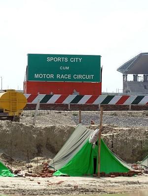 Construção circuito GP da Índia Nova Délhi (Foto: AFP)