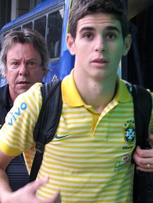 oscar brasil desembarque   (Foto: Fábio Leme / Globoesporte.com)