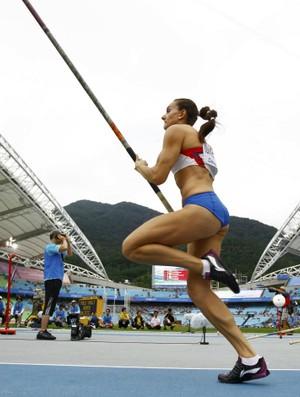 Mundial Atletismo Yelena Isinbayeva eliminatorias salto com vara (Foto: Reuters)
