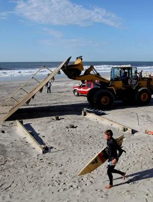 surfe Long Beach Long Island furacão (Foto: AP)