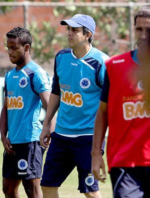 Emerson Ávila no treino do Cruzeiro (Foto: Washington Alves / VIPCOMM)