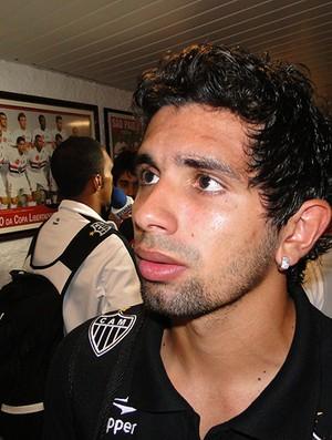guilherme atlético-mg entrevista (Foto: Leonardo Simonini / Globoesporte.com)