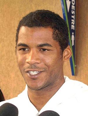 Renato Silva visita o técnico Ricardo Gomes (Foto: Rafael Cavalieri / GLOBOESPORTE.COM)