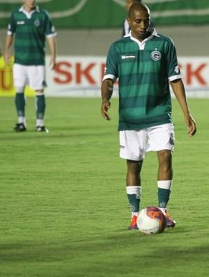 Carlos Alberto, volante do Goiás (Foto: Rosiron Rodrigues/Goiás E.C.)