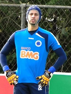 Fábio no treino do Cruzeiro (Foto: Lucas Catta Prêta / GLOBOESPORTE.COM)