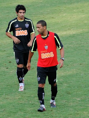Pierre no treino do Atlético-Mg (Foto: Leonardo Simonini/Globoesporte.com)