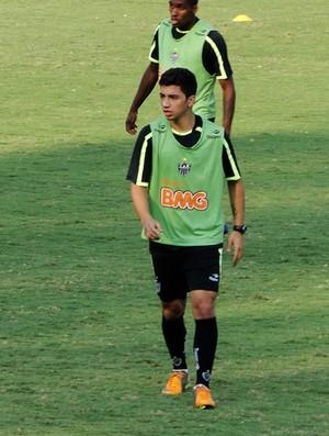 Renan Oliveira no treino do Atlético-Mg (Foto: Leonardo Simonini/Globoesporte.com)