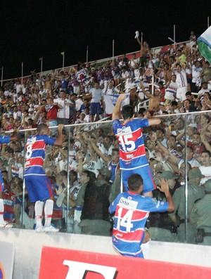 Fortaleza festeja permanência na Série C do Campeonato Brasileiro (Foto: Tuno Vieira/Agência Diário)