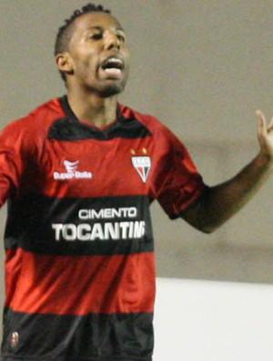 Vitor Junior comemora gol do Atlético-GO sobre o Atlético-MG (Foto: André Costa/Agência Estado)