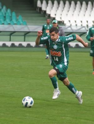 Eltinho, lateral do Coritiba (Foto: Gabriel Hamilko / GloboEsporte.com)