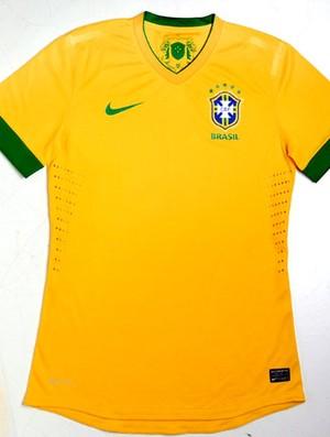 nova camisa da Seleção Brasileira (Foto:  Mônica Imbuzeiro / Ag. O Globo)