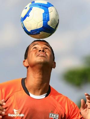 Gilson, zagueiro do Atlético-GO (Foto: Wildes Barbosa/O Popular)
