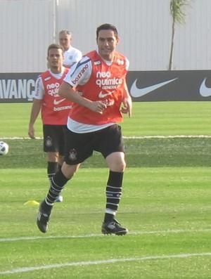 Chicão no treino do Corinthians (Foto: Carlos Augusto Ferrari/Globoesporte.com)
