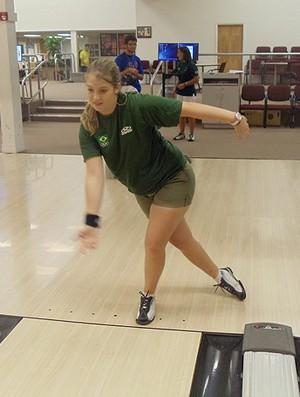 Stephanie  atleta do Boliche do Clube Pinheiros  (Foto: Divulgação)