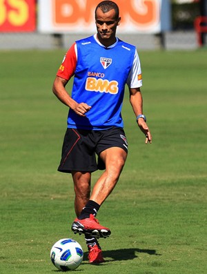 rivaldo são Paulo treino (Foto: Moisés Nascimento / Agência Estado)