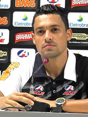 Eder Luis durante coletiva do Vasco (Foto: Rafael Cavalieri / GLOBOESPORTE.COM)