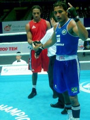Yamaguchi Florentino no Mundial de Boxe (Foto: Divulgação)