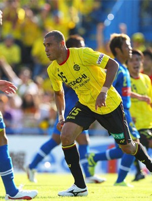 Jorge Wagner em jogo do Kashiwa Reysol (Foto: Divulgação/J League Photos)