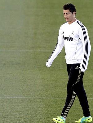 Cristiano Ronaldo no treino do Real Madrid (Foto: EFE)