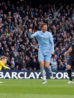 dzeko manchester city gol wolverhampton (Foto: agência AP)