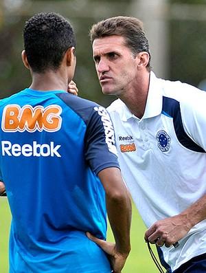 Vagner Mancini no treino do Cruzeiro (Foto: Pedro Vilela / VIPCOMM)